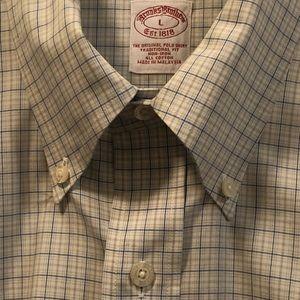 Brooks Brothers L short sleeve no iron shirt NWOT